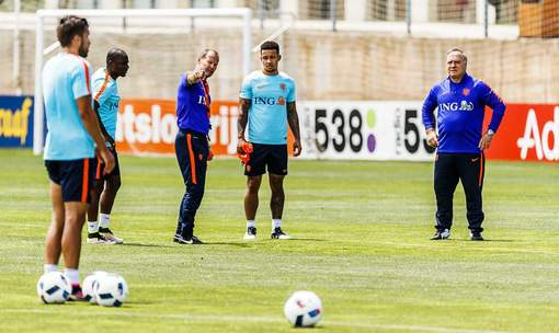 oranje training poland