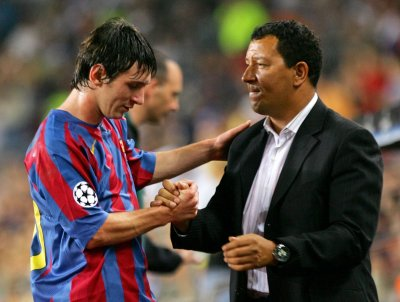 henk-ten-cate-lionel-messi