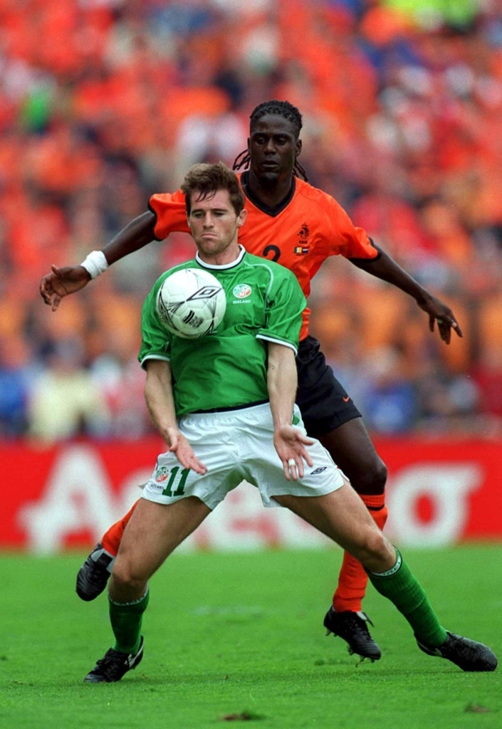 1 September 2001; Kevin Kilbane, Republic of Ireland, in action against Holland's Mario Melchiot. Republic of Ireland v Holland, World Cup Qualifier, Lansdowne Road, Dublin. Soccer. Picture credit; Brendan Moran / SPORTSFILE