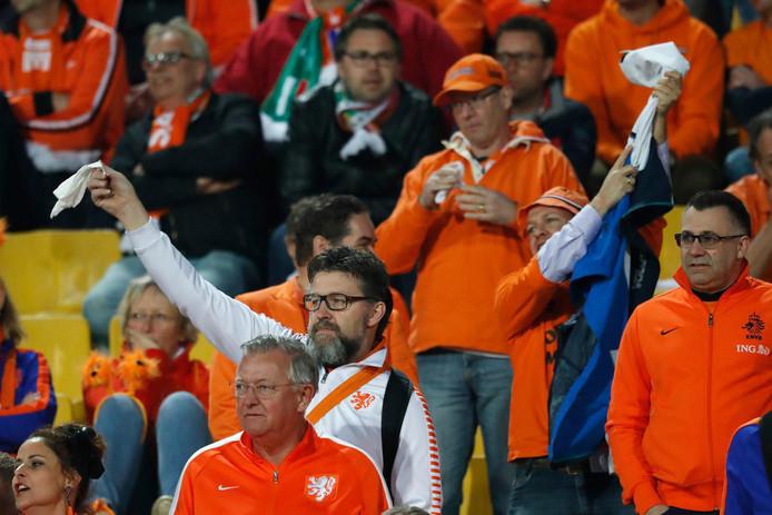 oranje fans lost