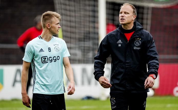 dennis coach
