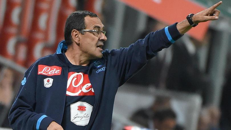Napoli's head coach Maurizio Sarri gives instructions during the Serie A soccer match between AC Milan and Napoli at the Giuseppe Meazza stadium in Milan, Italy, 4 October 2015. ANSA/DANIEL DAL ZENNARO